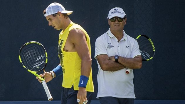 Rafael Nadal a jeho strýc Toni.