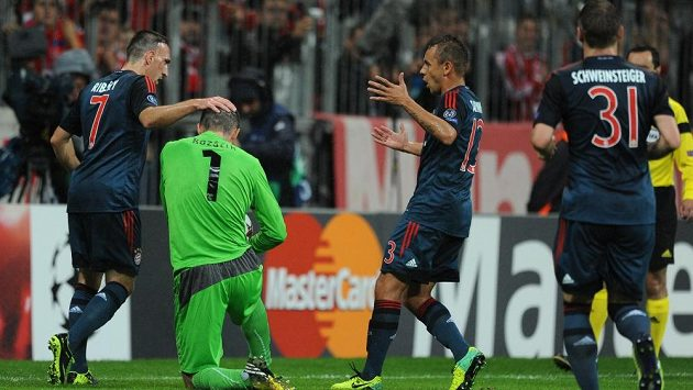 Franck Ribéry z Bayernu oslavuje první gól během utkání základní skupiny Ligy mistrů proti Viktorii Plzeň.