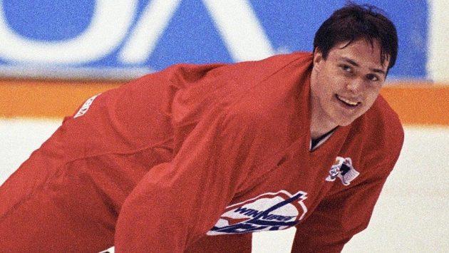 Finský útočník Teemu Selänne na snímku z roku 1993 při tréninku Winnipegu.