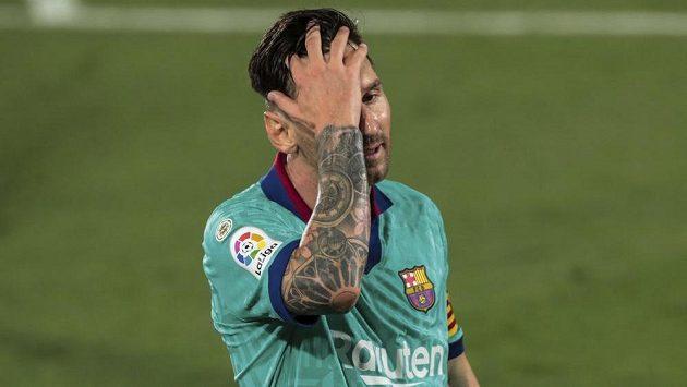 Reakce barcelonské hvězdy Lionela Messiho, z nabídky od Interu Milán se mu musí zatočit hlava.