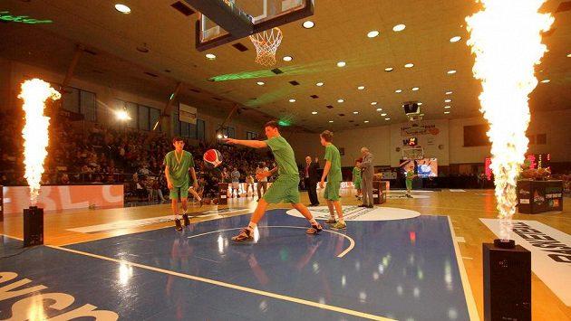 Z utkání hvězd české basketbalové ligy v Ústí nad Labem.