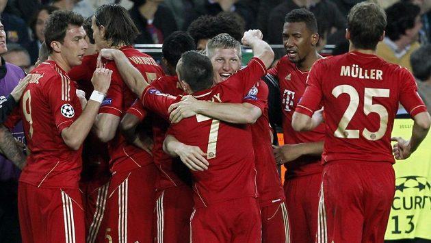 Radost fotbalistů Bayernu po postupu do finále Ligy mistrů.