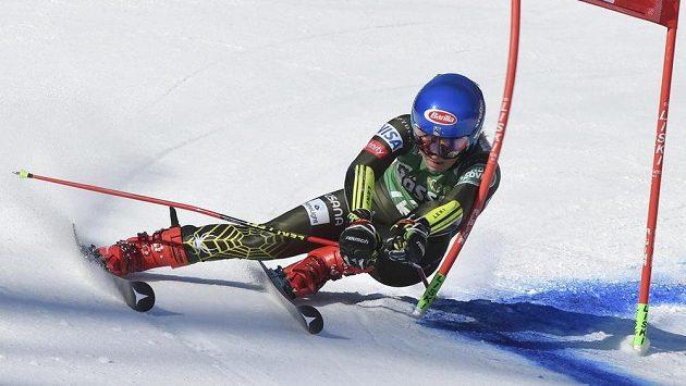 Američanka Mikaela Shiffrinová ovládla obří slalom na SP v Lienzu.