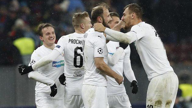 Radost v podání fotbalistů Viktorie Plzeň během utkání Ligy mistrů proti CSKA Moskva.