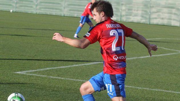 Andreas Ivanschitz v plzeňském dresu během utkání na soustředění ve Španělsku.
