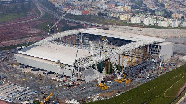 Rozestavěný fotbalový stadión pro MS 2014 v Sao Paulu.