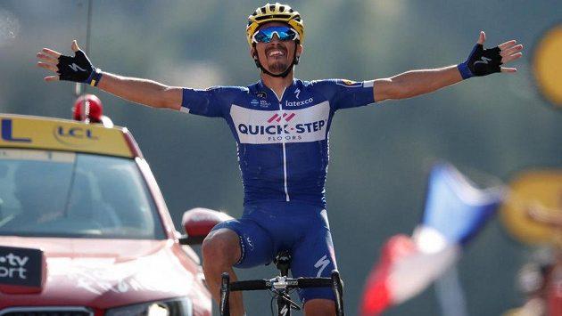 Francouzský cyklista Julian Alaphilippe vyhrál první horskou etapu Tour de France.