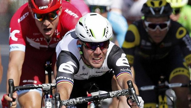 Brit Mark Cavendish v cíli 6. etapy Tour de France.