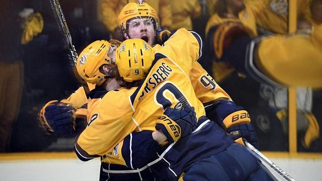 Hokejisté týmu Nashville Predators vyhráli v bojích o Stanley Cup nad St. Louis Blues 3:1 a slaví postup do další fáze soutěže.