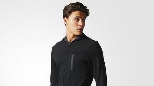 Adidas City Energy Hoodie - funkční elegance.
