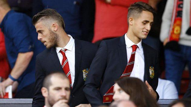 Gólman David de Gea (vlevo) přestupuje podle informací Sky Sports do Realu Madrid.