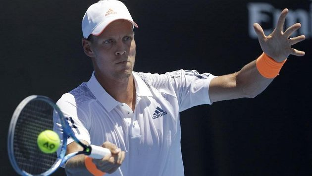 Tomáš Berdych při zápasu 2. kola Australian Open.