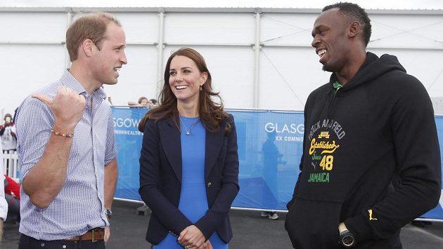 Princ William, vévodkyně z Cambridge Kate a sprinter Usain Bolt během her Commonwealthu.