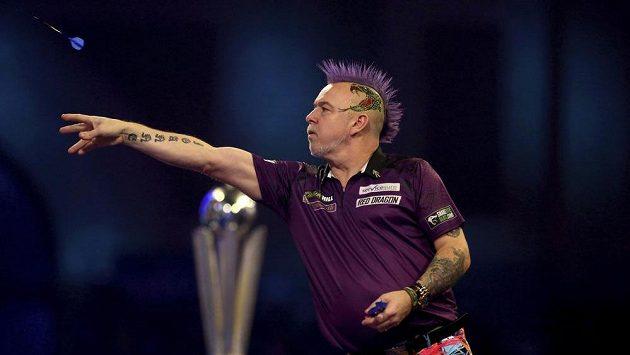 Skot Peter Wright ve finále šipkařského světového šampionátu v Londýně.