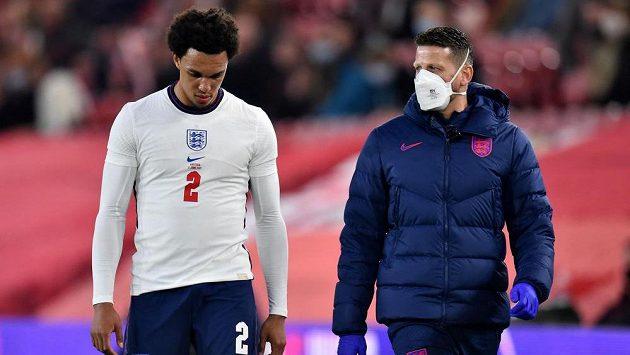Anglický fotbalista Trent Alexander-Arnold nedohrál středeční přípravný zápas proti Rakousku.