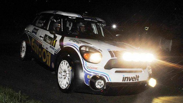 Václav Pech jr. a Petr Uhel s vozem Mini při Rallye Šumava Klatovy.