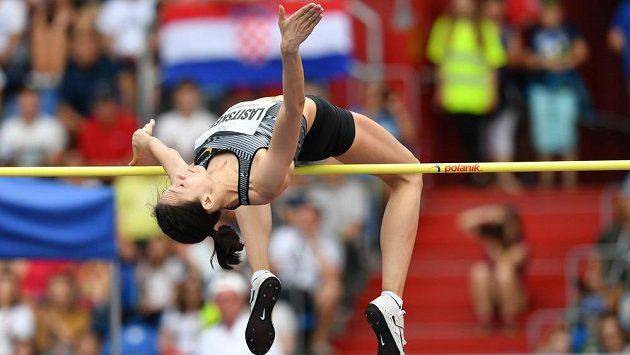 Ruská výškařská hvězda Maria Lasickeneová skočila na Zlaté tretře v Ostravě 206 cm, svůj nejlepší letošní světový výkon posunula o čtyři centimetry.