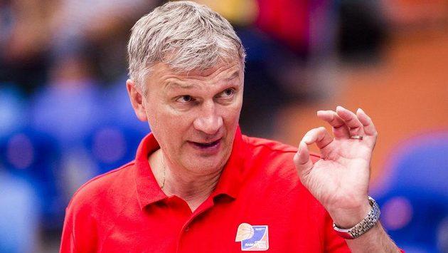 Trenér českých basketbalistek Ivan Beneš jako poslední z nominace na domácí ME vyřadil Kopeckou.