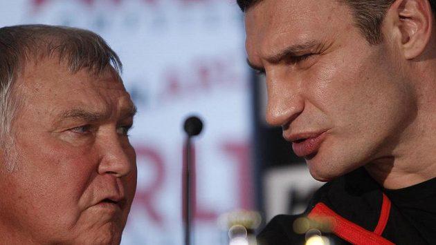 Trenér Fritz Sdunek (vlevo) a jeho svěřenec Vitalij Kličko.