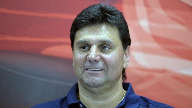 Trenér hokejistů Slavie Praha Vladimír Růžička.