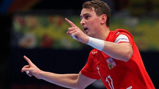 Český házenkář Stanislav Kašpárek na evropském šampionátu.
