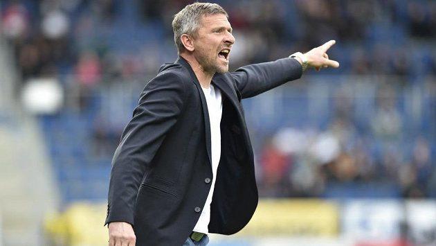 Trenér Bohemians Martin Hašek st. v utkání proti Slovácku.
