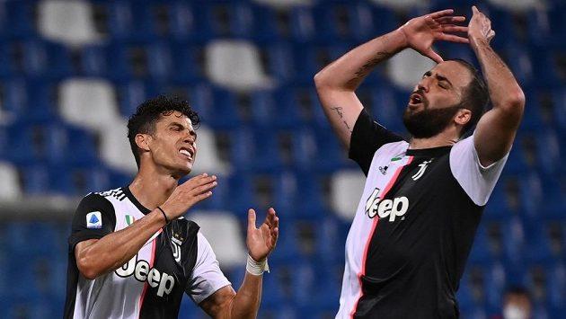 Fotbalisté Juventusu poprvé trénovali pod novým koučem Pirlem
