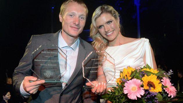 Ondřej Moravec a Gabriela Soukalová zvítězili v anketě o nejlepšího českého biatlonistu sezóny 2012/13.