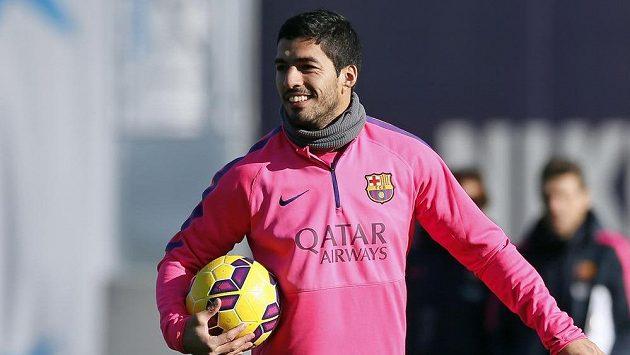 Útočník Barcelony Luis Suárez na tréninku.