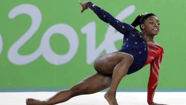 Americká gymnastka Simone Bilesová.