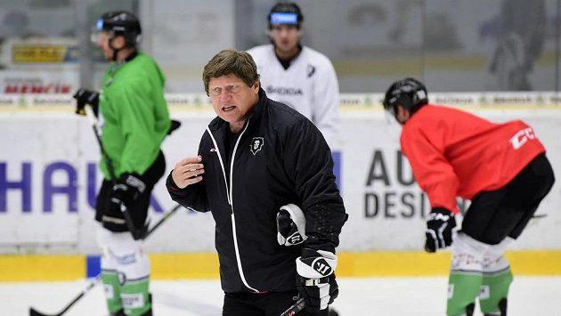 Hokejisté Mladé Boleslavi zahájili ve středu přípravu na ledě. Na snímku je trenér František Výborný.