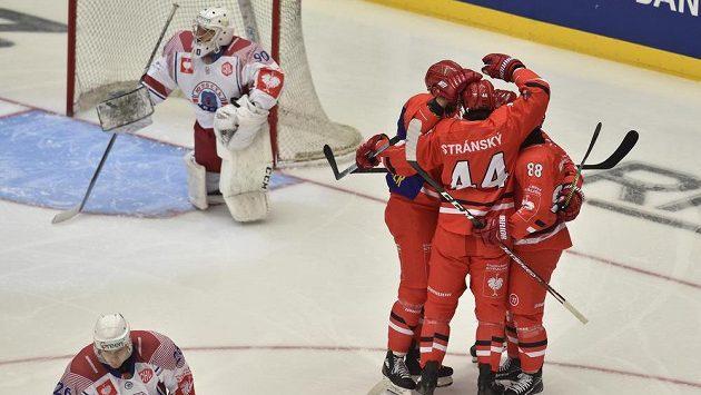 Utkání skupiny D hokejové Ligy mistrů: HC Oceláři Třinec - Junosť Minsk.