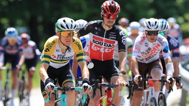 Australský cyklista Cameron Meyer (vlevo), který bojuje se soupeři na silnici i na dráze, se vzdal účasti na blížících se olympijských hrách v Tokiu.