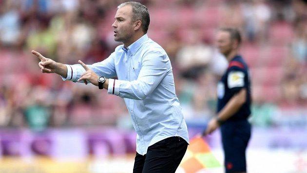 Trenér Baníku Ostrava Radomír Korytář byl na Letné blízko velmi cenného vítězství.