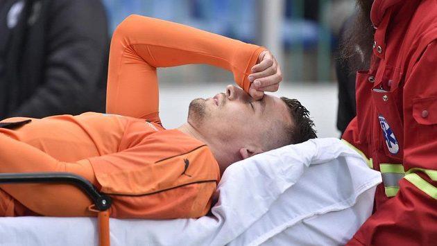 Zraněný plzeňský obránce Lukáš Hejda zůstal po zápase v Mladé Boleslavi v nemocnici s otřesem mozku.
