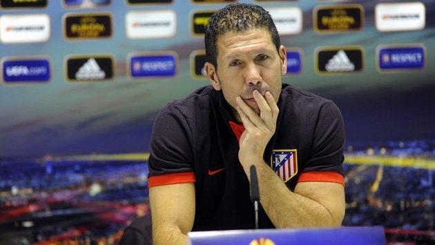 Trenér Atlétika Diego Simeone.