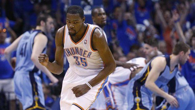 Hvězdný Kevin Durant se na poslední chvíli naštěstí pro Oklahomu v prvním kole letošního play off probudil.
