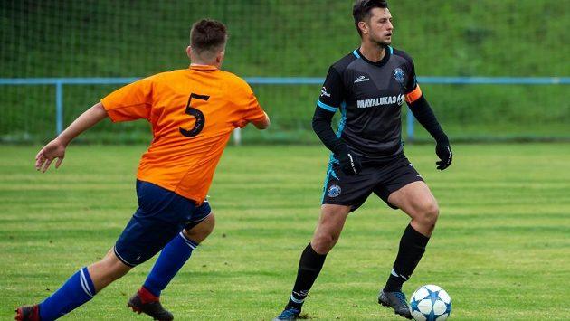 Malý pražský fotbalový klub - Prague Raptors - uzavřel partnerství se slavným anglickým Leedsem United.