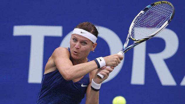 Lucie Šafářová v duelu s Američankou Madison Keysovou na turnaji v Tokiu.
