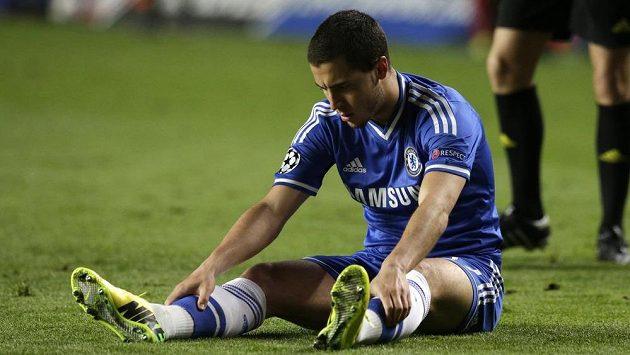 Zklamaný záložník Chelsea Eden Hazard, z postupu do finále se radovalo Atlético.