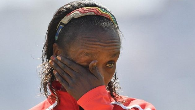 Jemima Sumgongová z Keni má nejspíš po kariéře.
