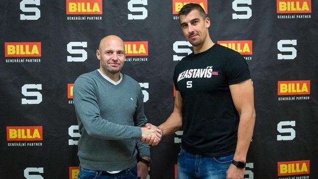 Milan Jurčina se sportovním manažerem Sparty Jaroslavem Hlinkou.