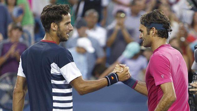 Roger Federer (vpravo) i Feliciano Lopezem jsou i stále mezi nejlepšími dvaceti hráči světa.