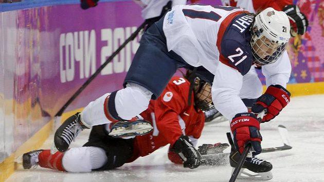 Hokejistky USA hrozí bojkotem mistrovství světa. Měly by tam obhajovat zlaté medaile.