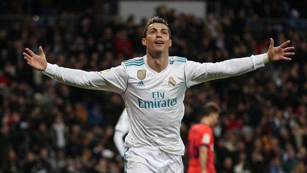 Cristiano Ronaldo dal v posledním kole španělské ligy tři góly, takže před konfrontací s Paris SG dokázal, že je zase ve formě.