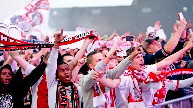 Fanoušci Ajaxu Amsterdam.