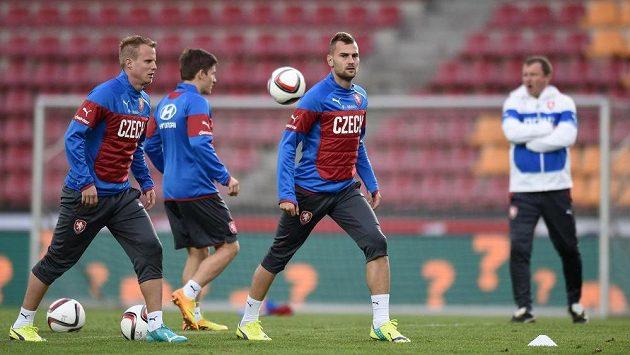 Plzeňská část reprezentace (zleva): David Limberský, Václav Pilař a Radim Řezník během tréninku.