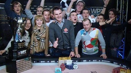 Velký pokerový svátek, turnaj věhlasné World Poker Tour, který se uskuteční začátkem prosince v Praze, se blíží rychlostí větru.