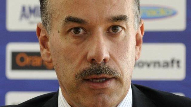 Předseda Slovenského svazu ledního hokeje Igor Nemeček