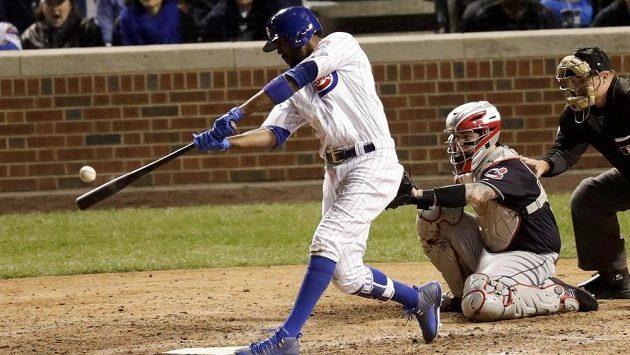 Ani homerun Dextera Fowlera ve čtvrtém finále MLB Chicagu k vítězství nepomohl.